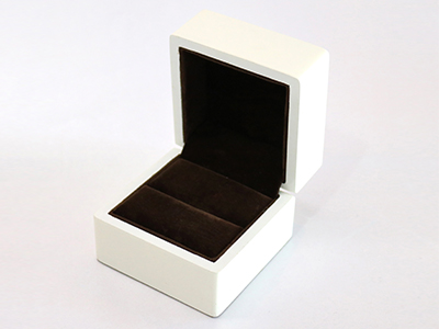 Ring Box with White Colored Prainting