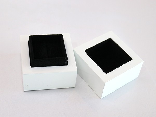 Lid and Based Styled Ring Box